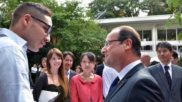 オランド大統領がアンスティチュ・フランセ東京に!