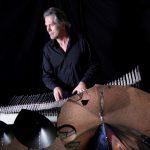 """ミシェル・ドヌーヴ「クリスタル・バシェ」ライブ / Concert de Michel Deneuve avec le """"Cristal Baschet"""" ©DR"""