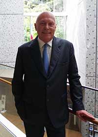フランス大使館文化参事官 アンスティチュ・フランセ日本代表 ステファンヌ・マルタン