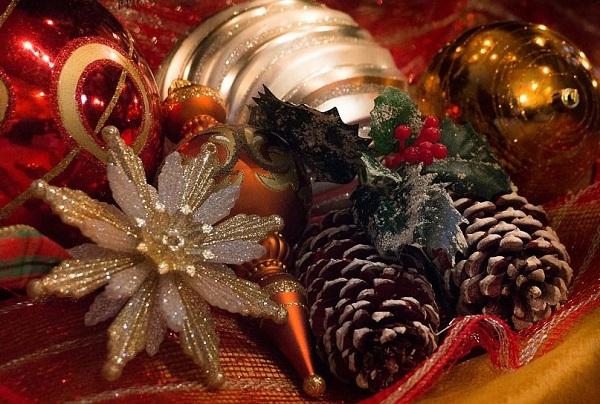 christmas-727804_960_720trim